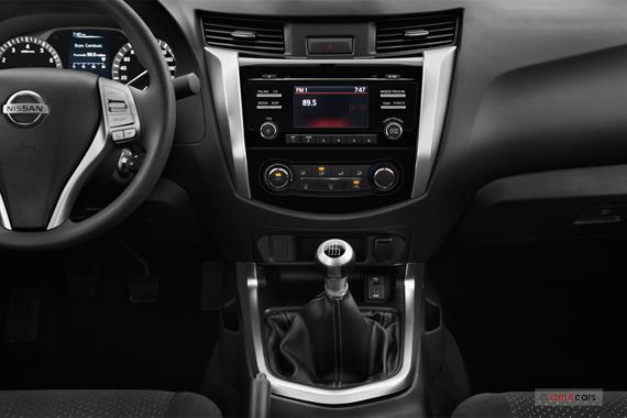 Galer A De Im Genes Y Fotos Del Nissan Np300 Frontier 2016